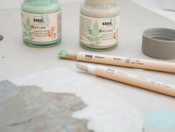 Dekorier- und Bastelfarben